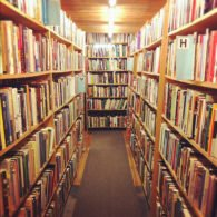 Get lost in the shelves!